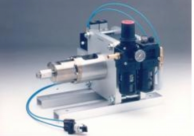 Pneumatic pump 0 - 6000 bar