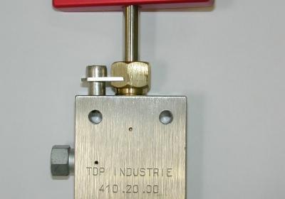 Hand valve 1/4