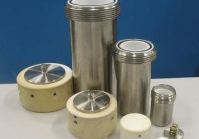 Mineralization bombs